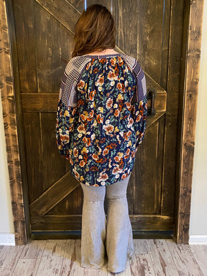 Floral Bubble Sleeve Top in Navy