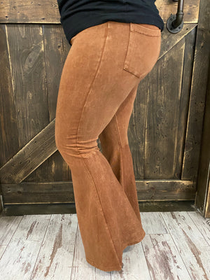 Washed Bell Bottom Pants with Pockets in Pumpkin Spice