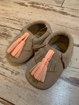 Slip On Moccasin with Tassels in Grey
