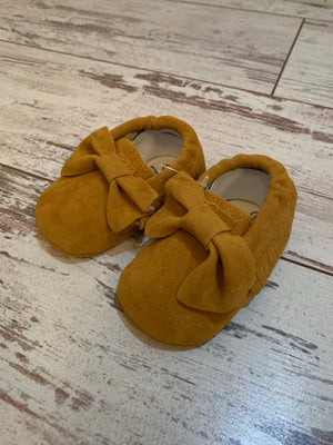 Slip On Moccasin with Bow in Camel