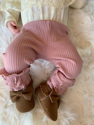 Ribbed Ruffle Leggings in Pink