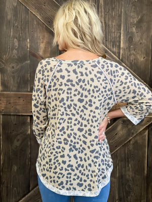 Leopard Cuffed Sleeve Top