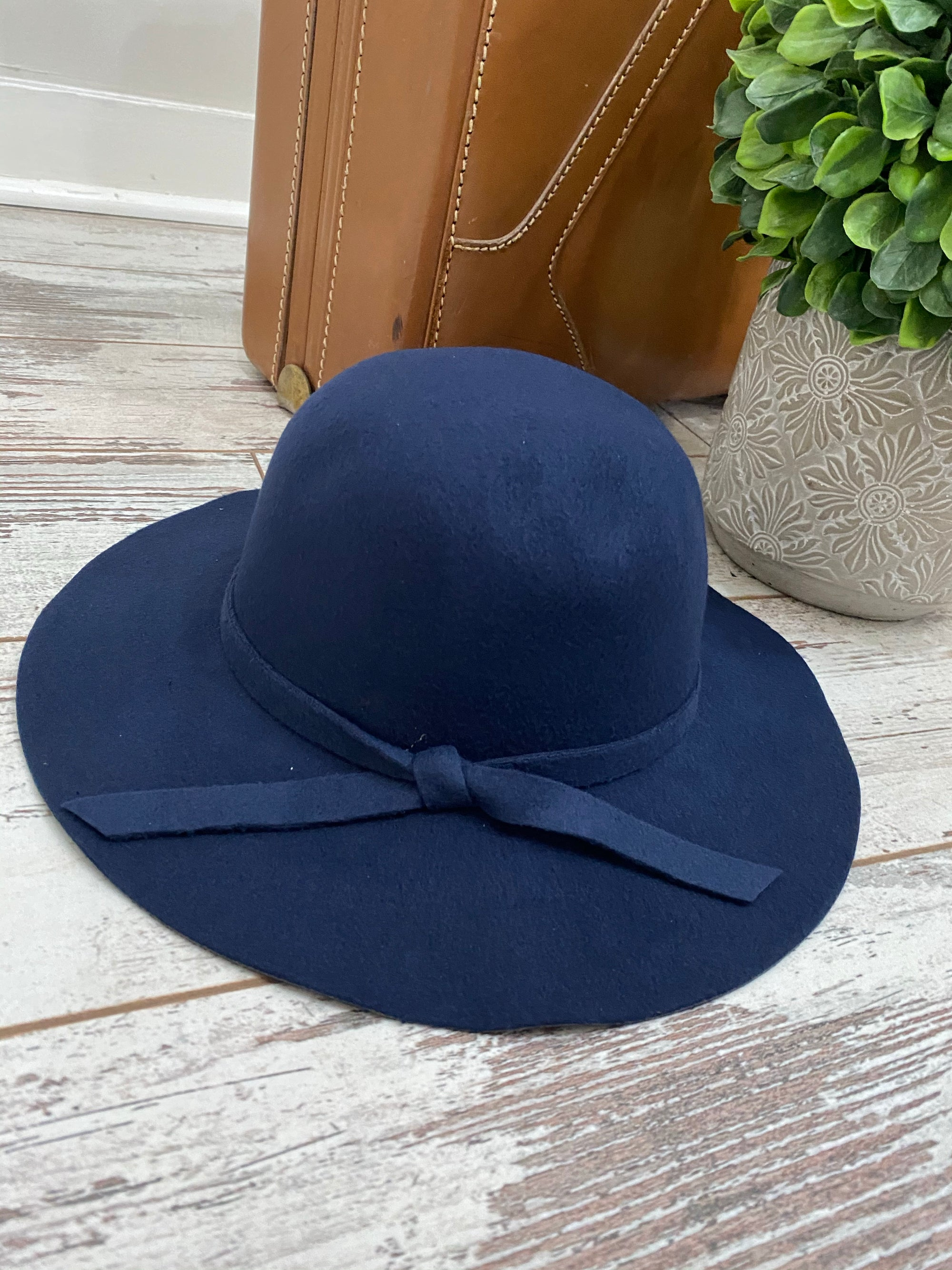 Felt Floppy Hat - Navy Blue