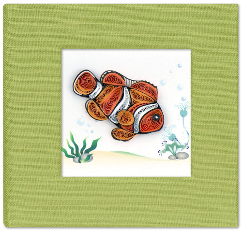 Sticky note pad cover featuring a quilled design of a clownfish