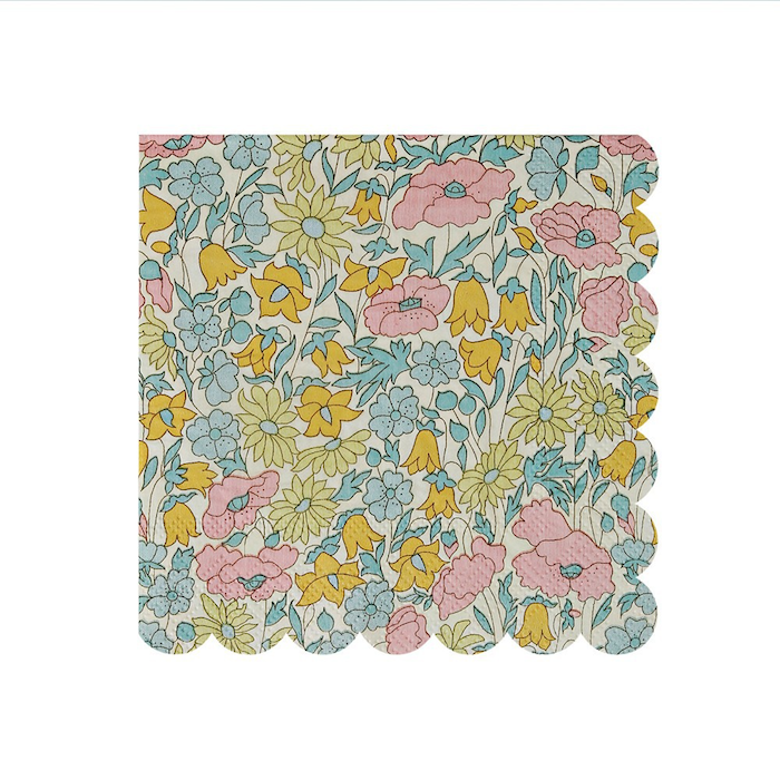 Liberty Scalloped Edge Paper Napkins