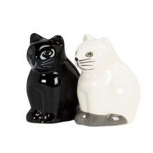 Load image into Gallery viewer, Cat Salt and Pepper Shakers