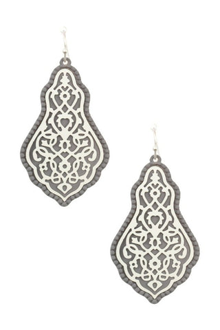 LORA Detail Earring (More Colors)