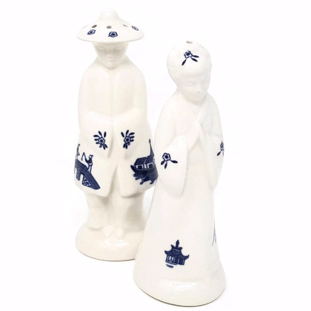Blue Willow Salt & Pepper Shakers - SARAJANEaccessories