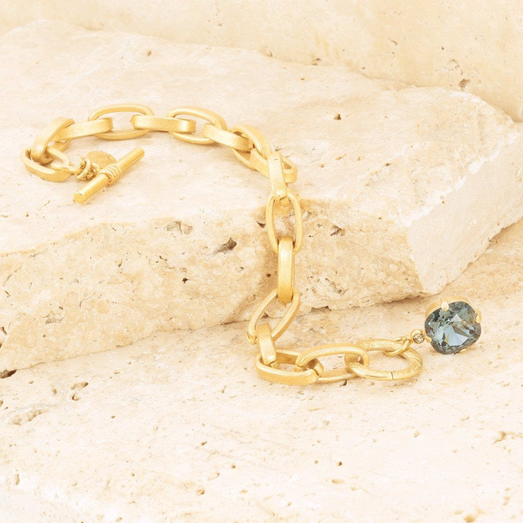 Gold Chain Bracelet With Jewel