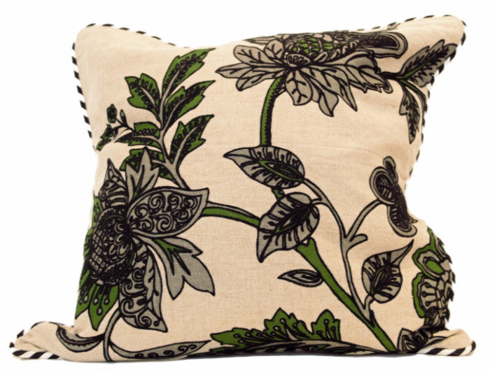 Pillow With Floral Design - SARAJANEaccessories