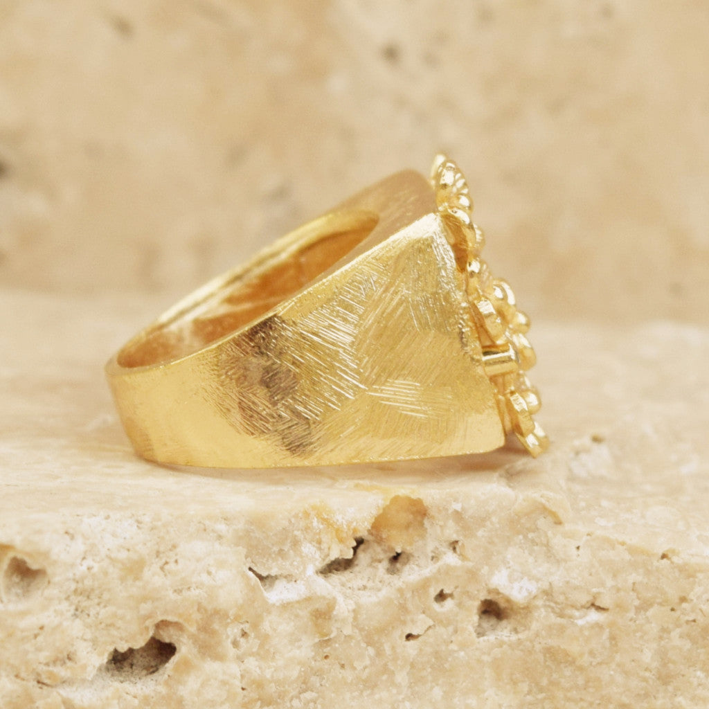 Gold Daisy Ring - SARAJANEaccessories - 2