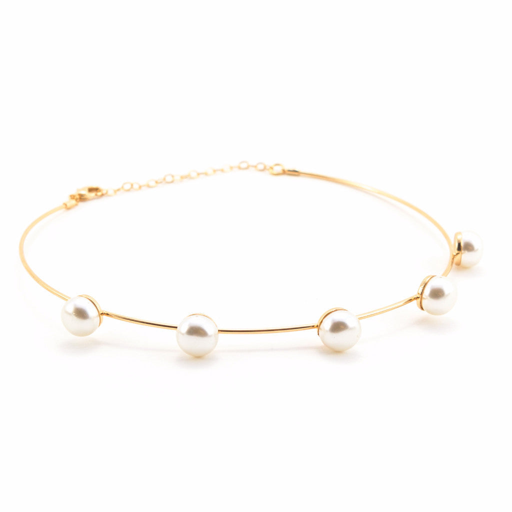 Gold Wire Choker With Pearls