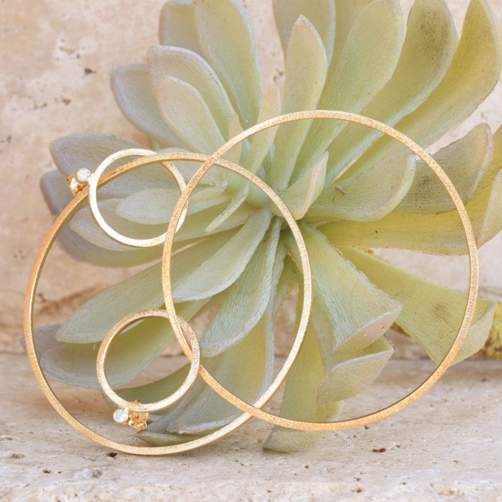 Hoops With Swing - SARAJANEaccessories - 1