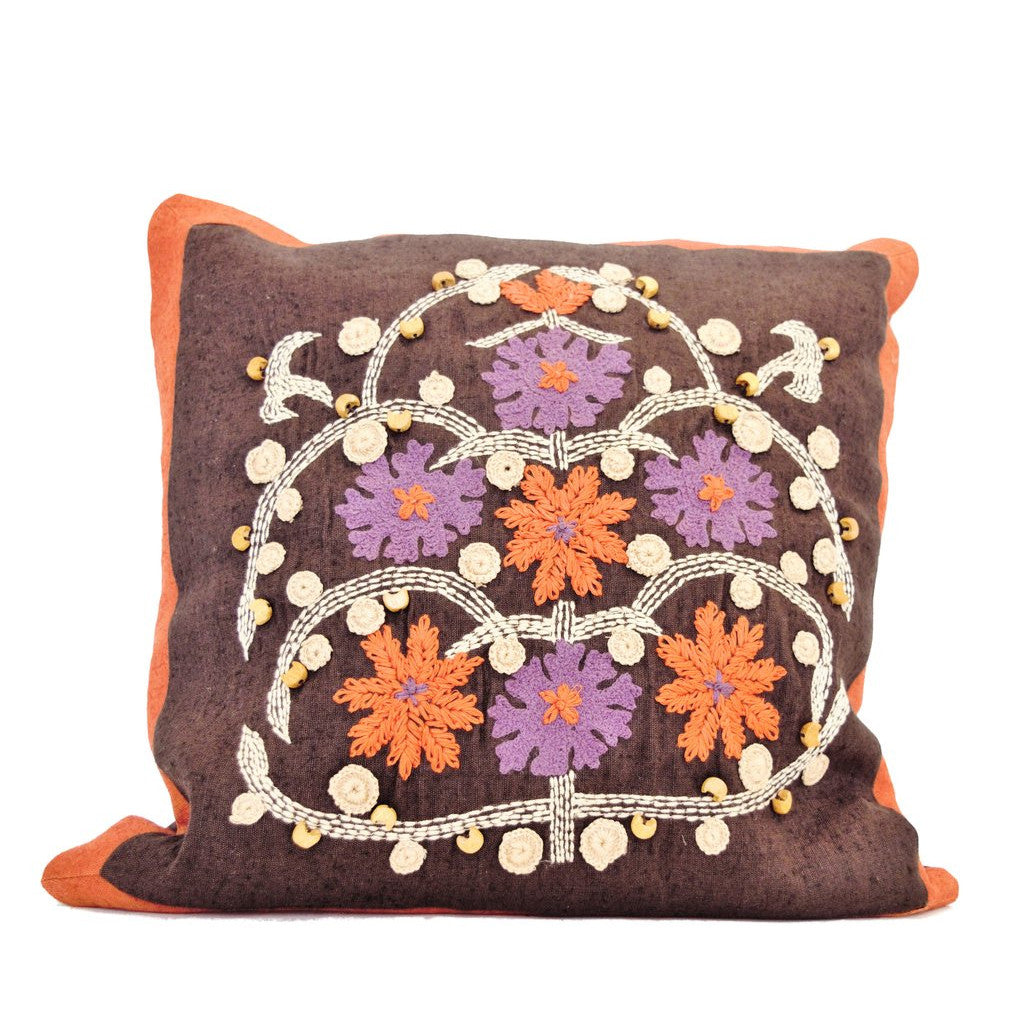 PillowWith Folk-style Embroidery - SARAJANEaccessories