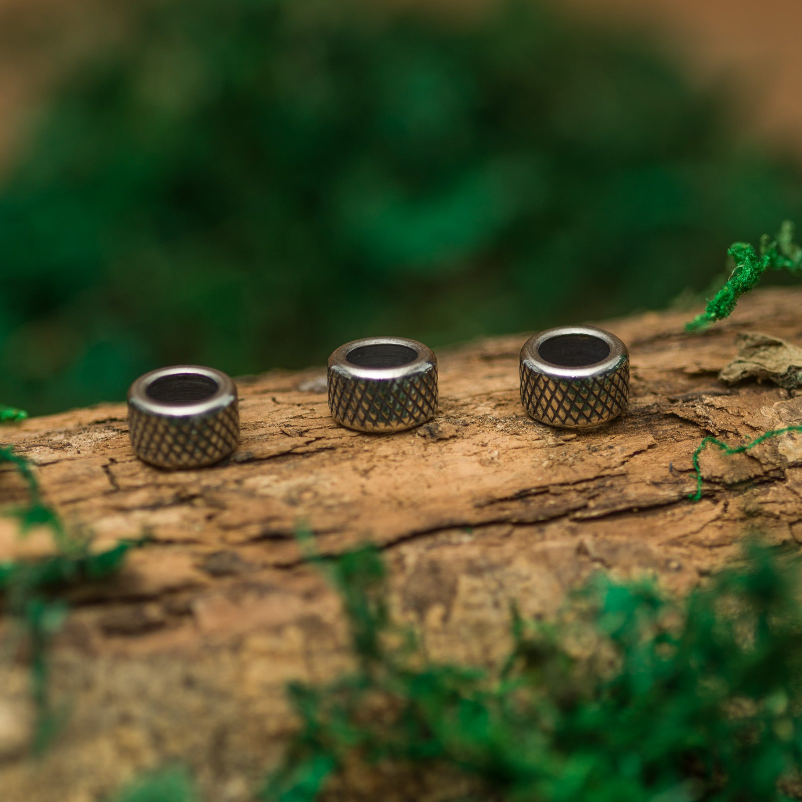 DreadLab - Stainless Steel Grid Carved Cylinder Dread Beads Silver Colour