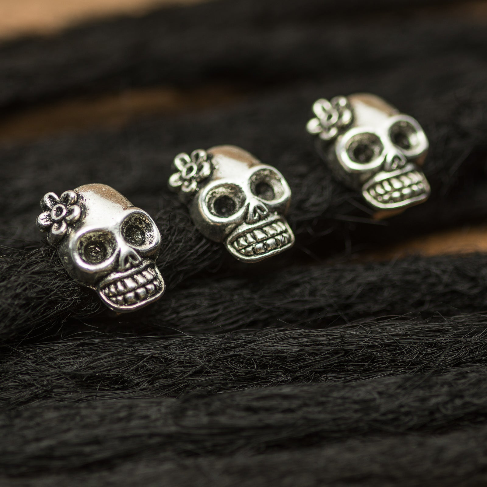DreadLab - Metal Flower Skull Dread Beads Silver Colour