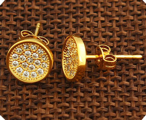 18k Gold Filled Earring With lab simulated Diamonds suitable for men//women comes with a warranty.