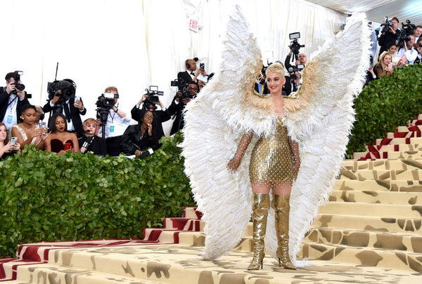 Katy Perry in Versace met gala 2018