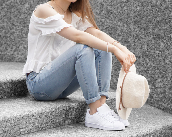 how to style boyfriend jeans.