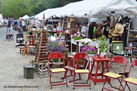 How to shop on Brimfield antique fair?