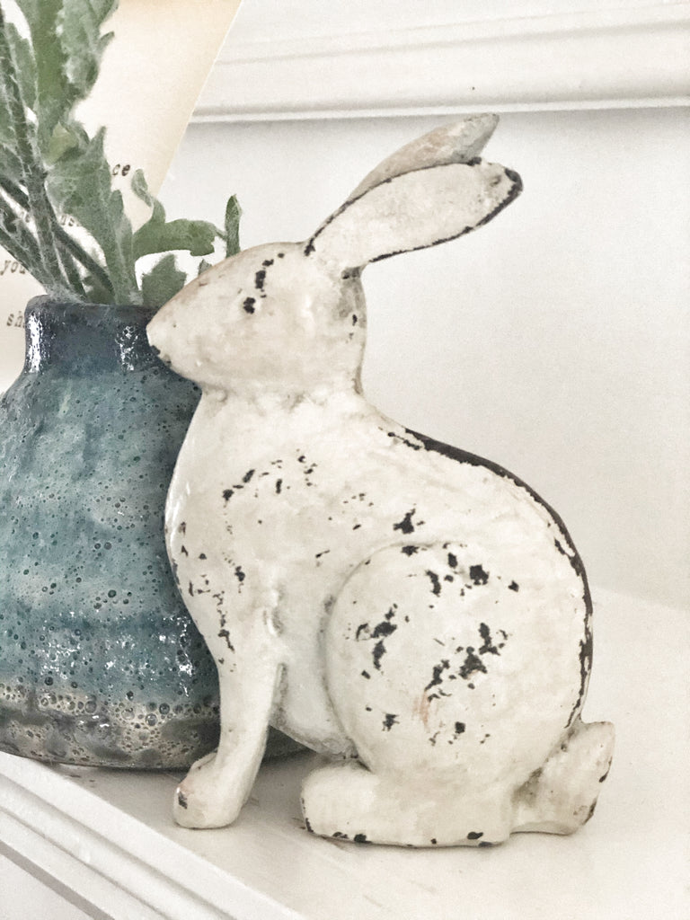 "Distressed Cream Bunny, 4.75"" - LOCAL PICKUP ONLY"