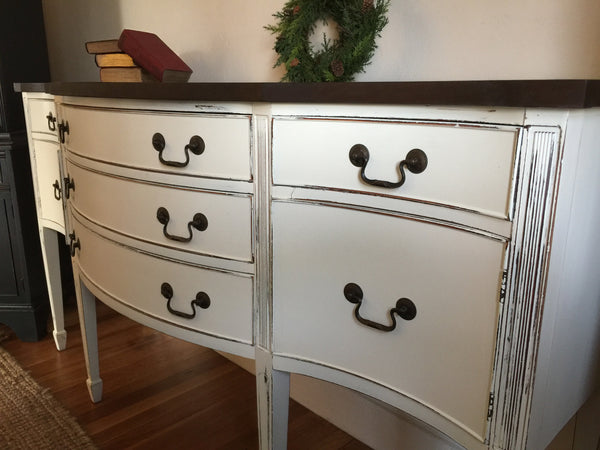 Mahogany Sideboard Buffett in Nantucket White Distressed