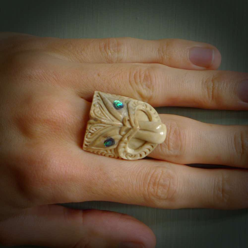 Hand Carved Real Deer Antler Wheku Ring With Paua Shell Inlay Nz Pacific