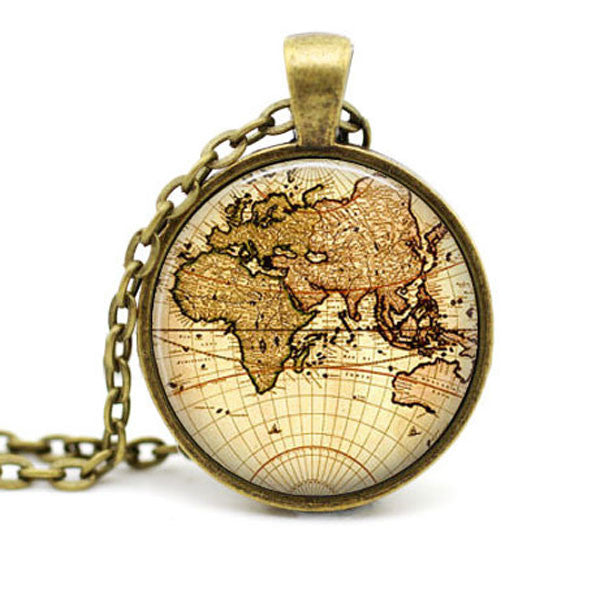 Around The World Necklace, Luna Daze