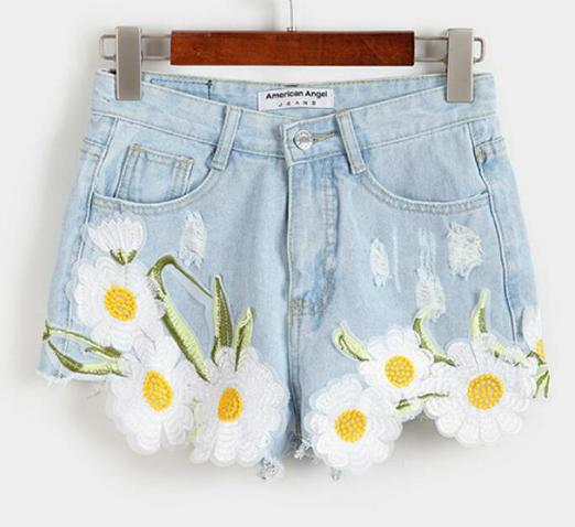 Embroidery Flower Shorts, Luna Daze