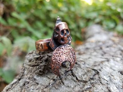 SKULL AND MOON COPPER RING (size 7)