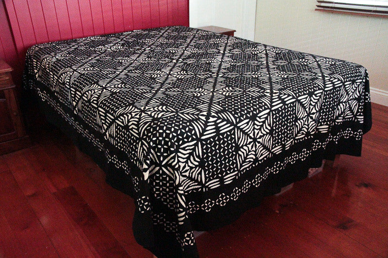 Appliqué Bed Cover