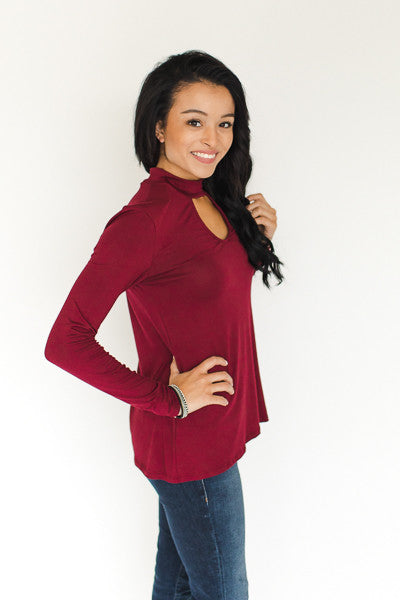 Elliot Keyhole Top - Wine - J&J Petite Boutique - 2