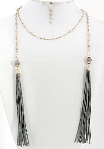 Tassel Necklace - Gold and Green Tassel - J&J Petite Boutique - 6