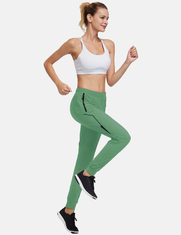 Baleaf Womens Evo Mid Rise Seamless Lightweight Mesh Paneled Cuffed Track Pants Light Green Full