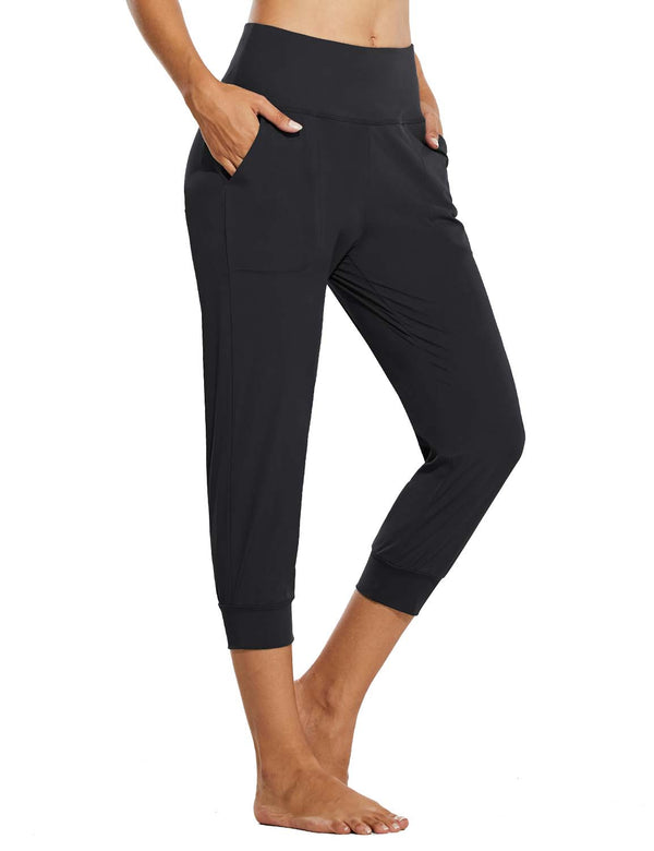 Baleaf Womens High Rise Tapered Fit Side Pocketed Workout Capris Black Side