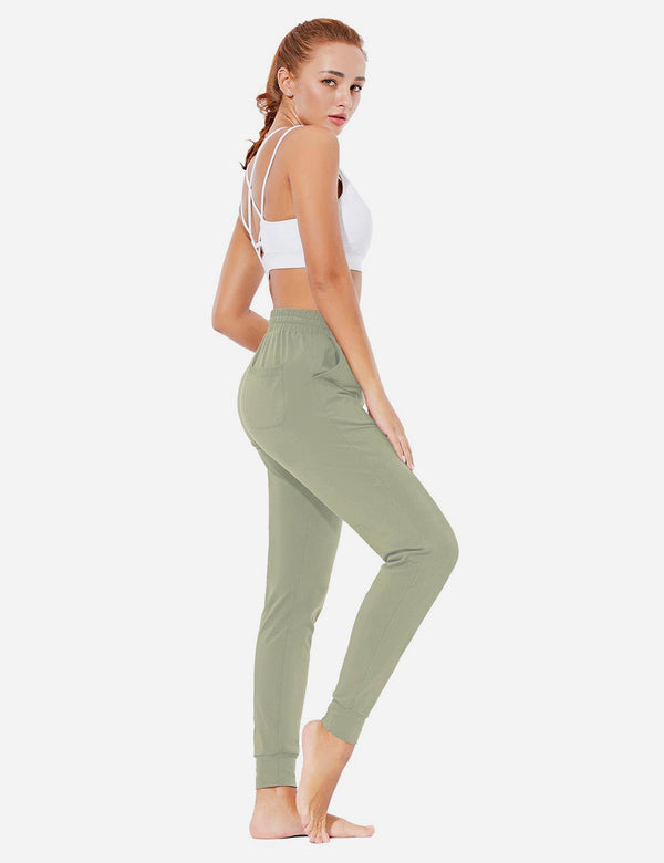 Baleaf Womens Evo Loose-Fit Tapered Cuffs Pocketed Comfortable Joggers Spray Green Full