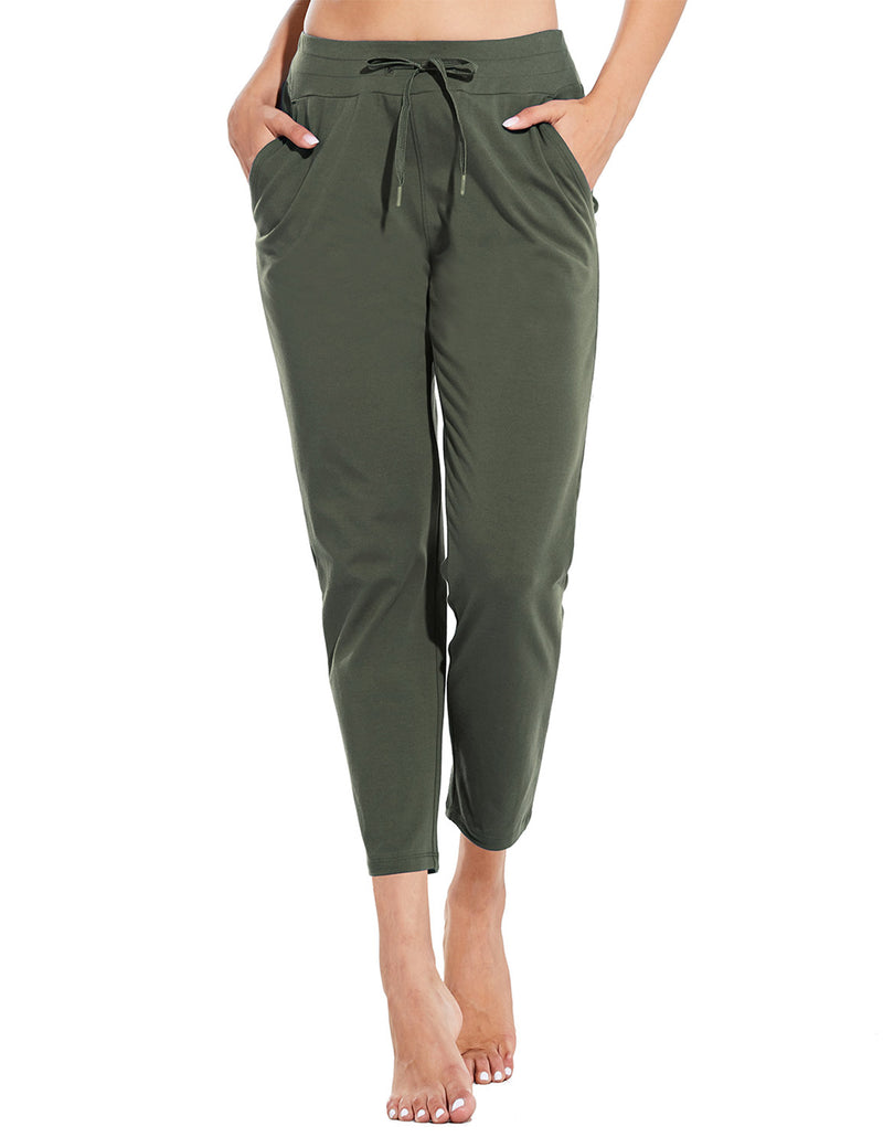 Baleaf Womens Mid Rise Casual Tapered Capris w Side Pockets Army Green Front