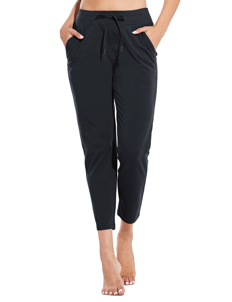 Baleaf Womens Mid Rise Casual Tapered Capris w Side Pockets Black Front