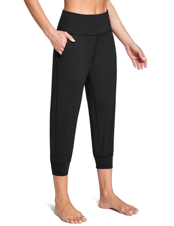 Baleaf Women's High Rise Soft Cropped Workout Pockets Joggers black front