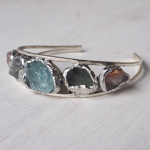 Arlyn Raw Stone Bracelet.