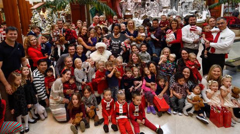 multiples santa photos twin santa photos twin group