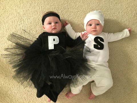 twin Halloween costume on twin blog