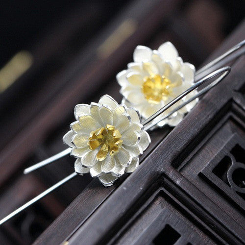 925 Sterling Silver Elegant Lotus  Flower Earrings - Free Shipping - Awkward Turtle