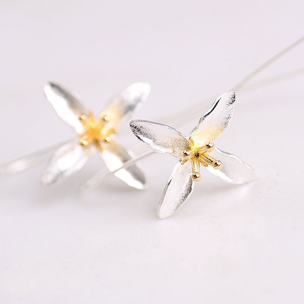 925 Sterling Silver Open Lily Flower Earrings - Awkward Turtle