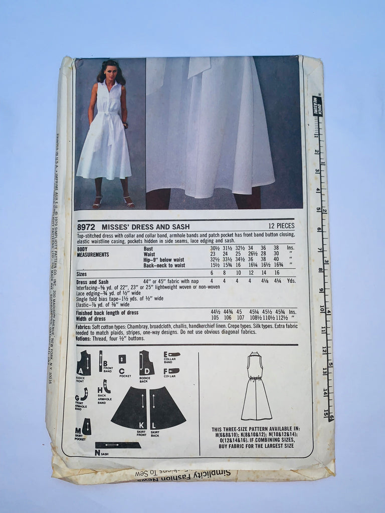 Vintage dress sewing pattern Simplicity 8972