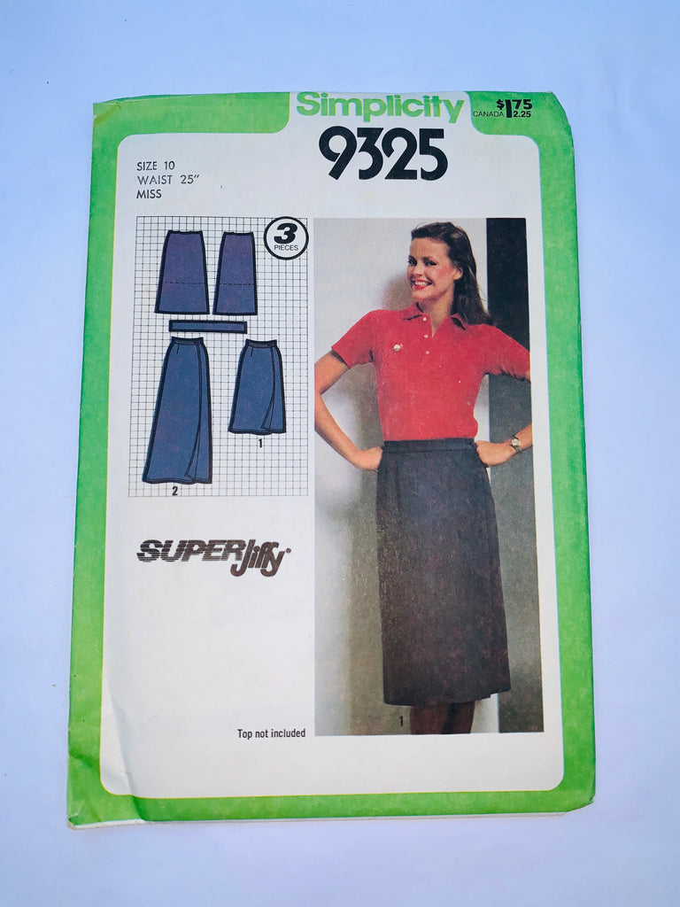 Vintage wrap dress sewing pattern Simplicity 9325