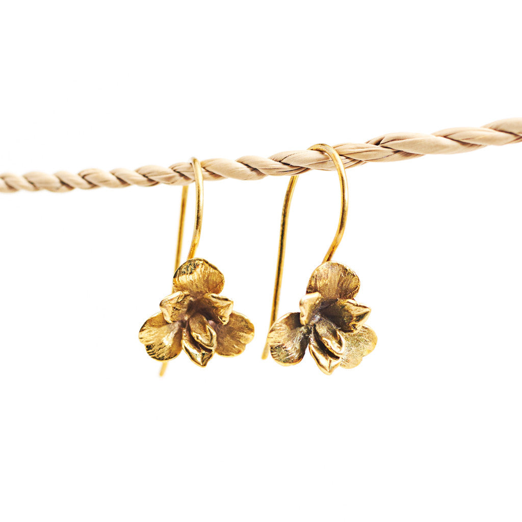 Earring Orchid Hook Short Gold