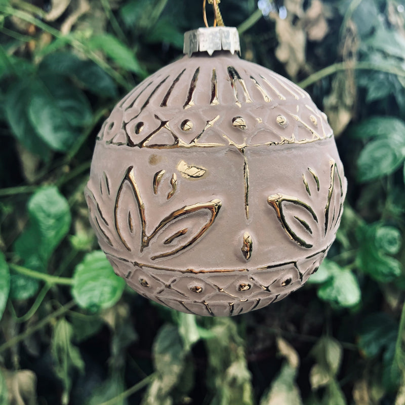 Bauble Bisque Matte Embossed
