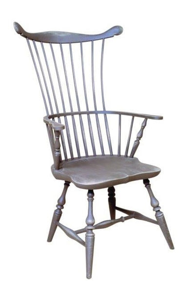 Traditional Comb Back Arm Chair