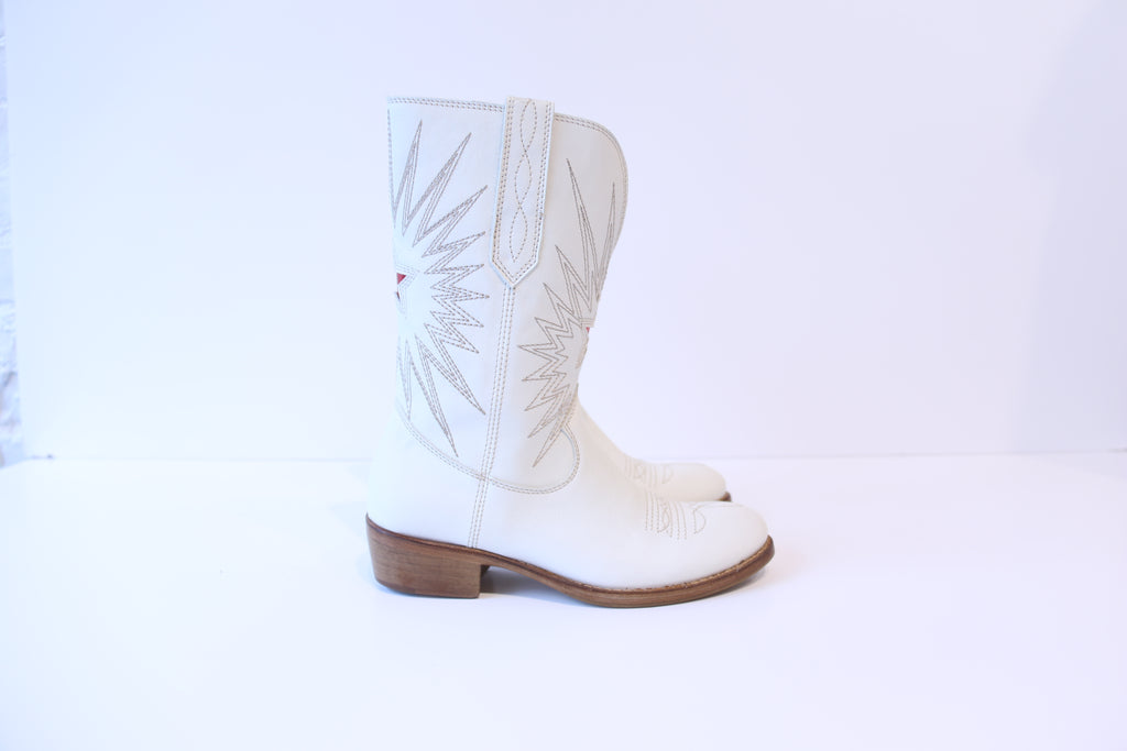 Cowboy Boots - White/Red Star
